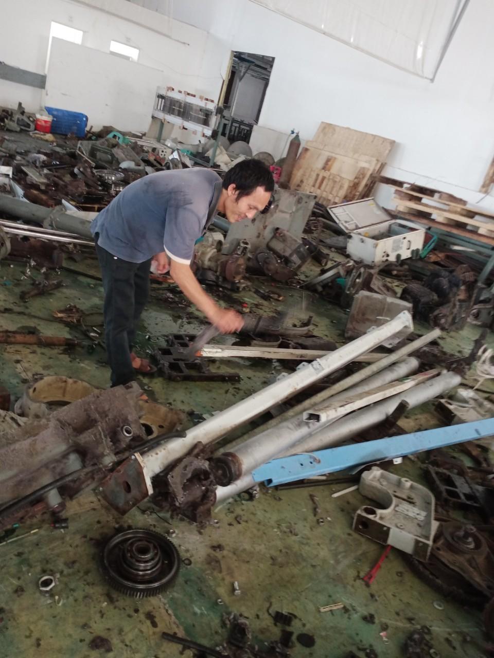 Phế liệu Nam Định Thu mua máy móc cũ hỏng, sắt vụn , đồng vụn , tháo dỡ công trình nhà xưởng các loại tại Nam Định, Ninh Bình và các tỉnh thành lân cận